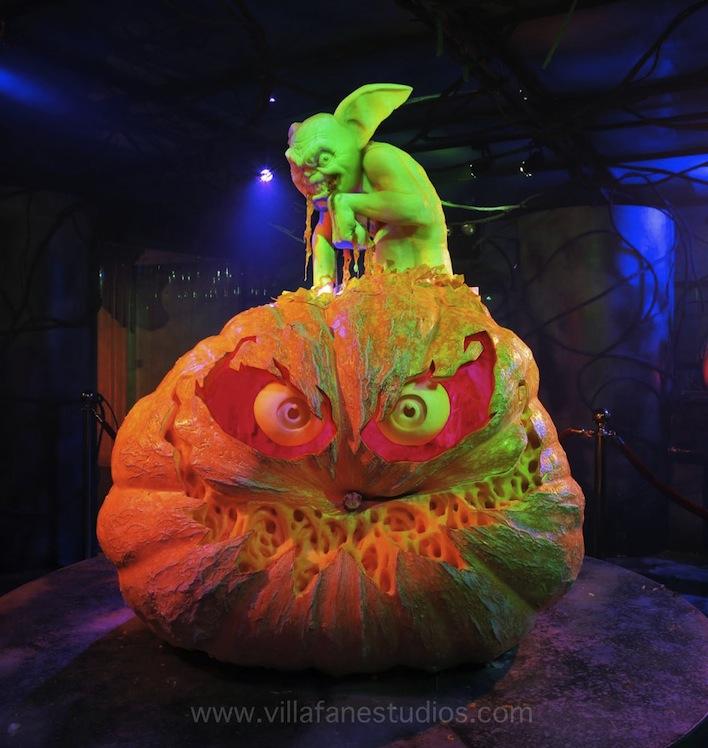 creepy pumpkin carving